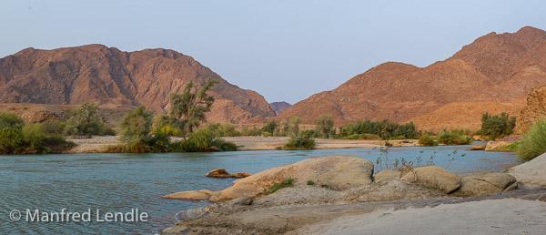 2015_Namibia_1D-3343-Pano.jpg