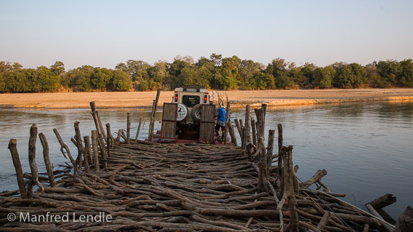 2019_Zambia_5D-1862.jpg