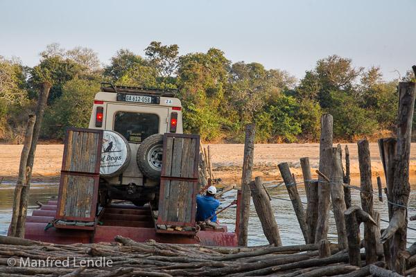 2019_Zambia_5D-1865.jpg