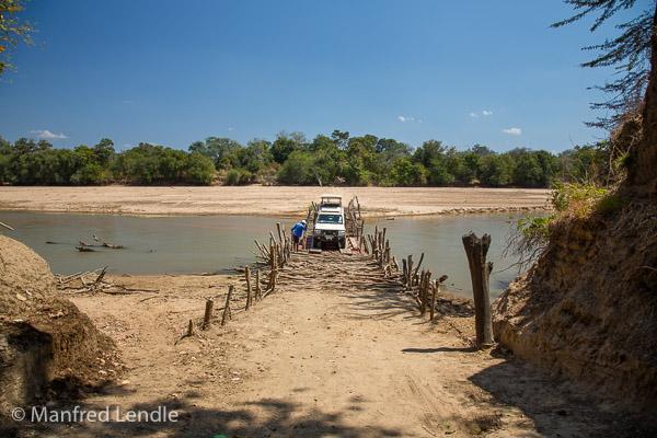 2019_Zambia_5D-2301.jpg