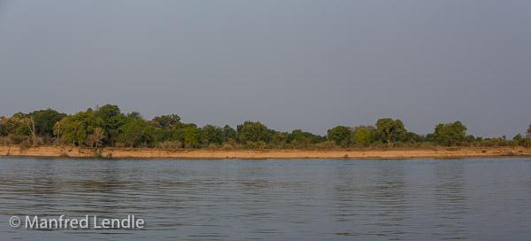 2019_Zambia_5D-5569-Pano.jpg