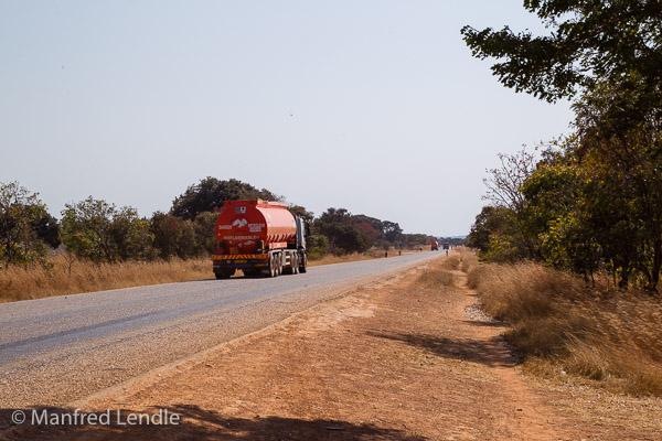 2019_Zambia_1D-2242.jpg